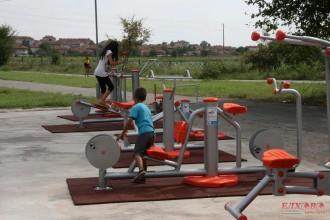 964184fa417 Завърши изграждането на новата спортна площадка с фитнес уреди на открито в  град Елхово в района на спортния комплекс в близост до парка.