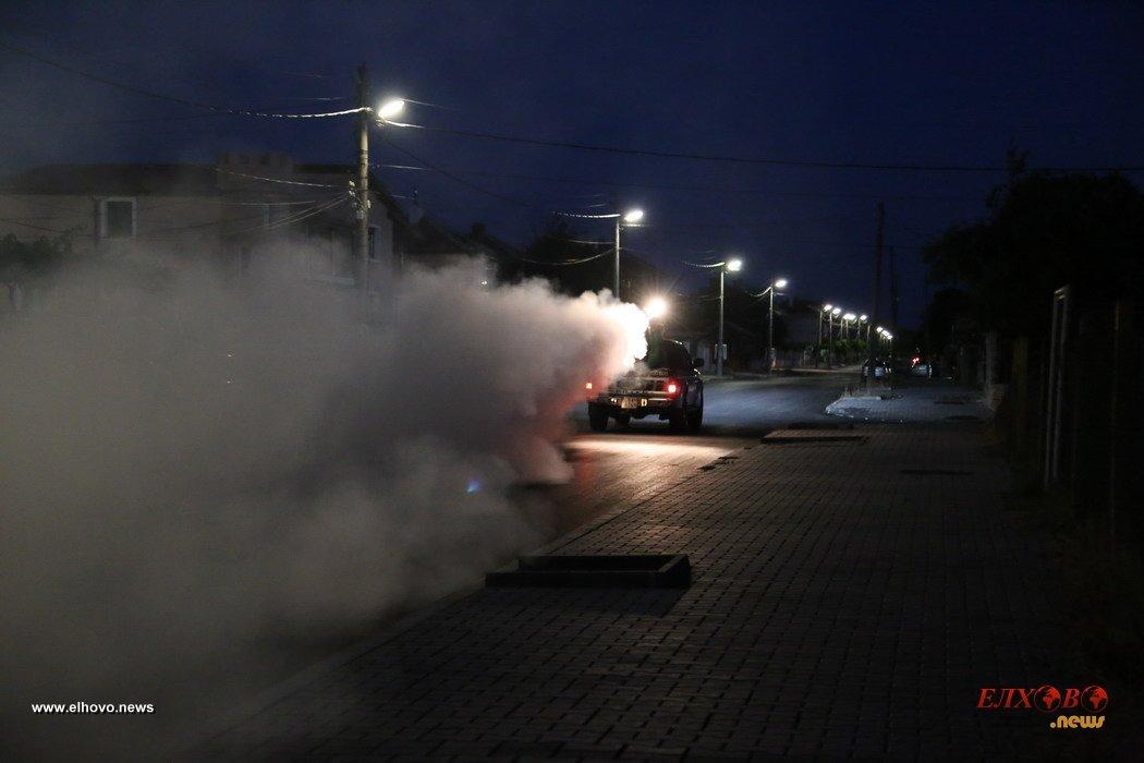 Община Елхово извърши пръскане срещу кърлежи и комари
