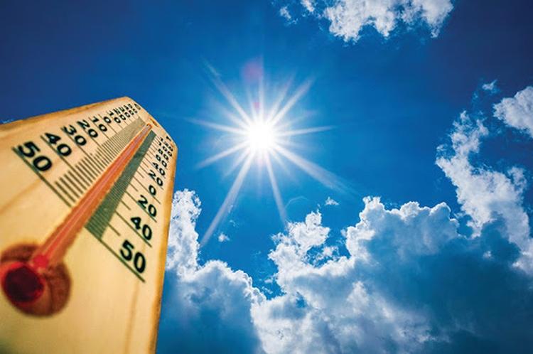 Седмицата започва с високи температури над цялата страна