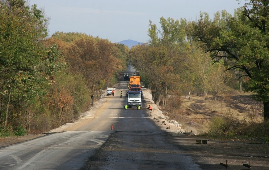 Предстои ремонт на пътя от село Окоп до град Елхово