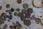 Служители от ОДМВР – Ямбол иззеха голямо количество археологични предмети и старинни монети