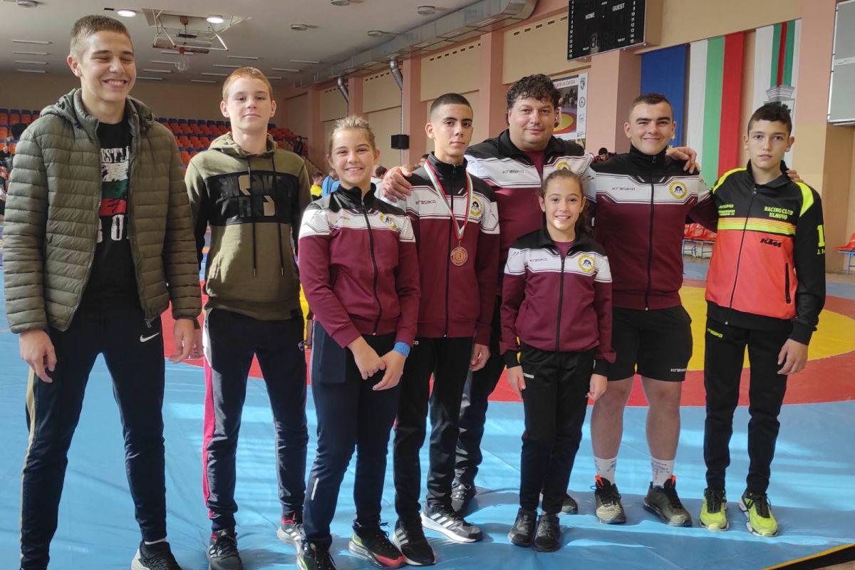 Бронзов медал за елховския борец Иван Чавдаров от международен турнир по борба